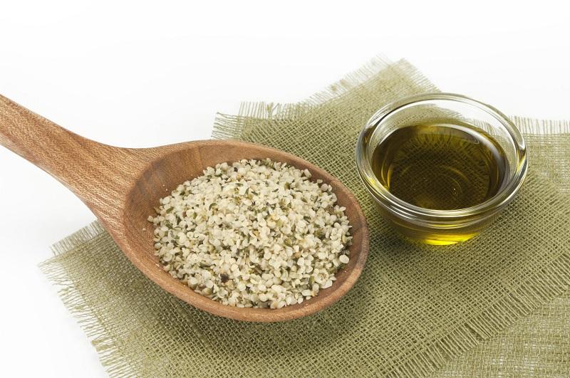 Olio di semi di canapa: cos'è e le sue proprietà